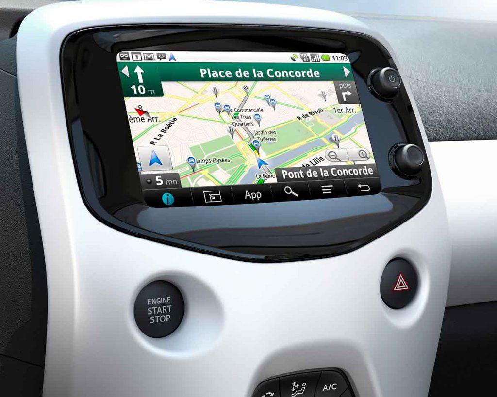 Peugeot 108 navigate