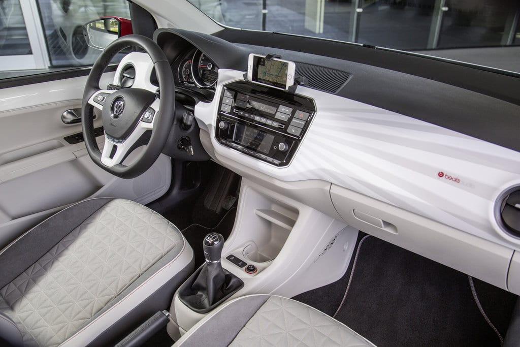 Volkswagen up! dashboard