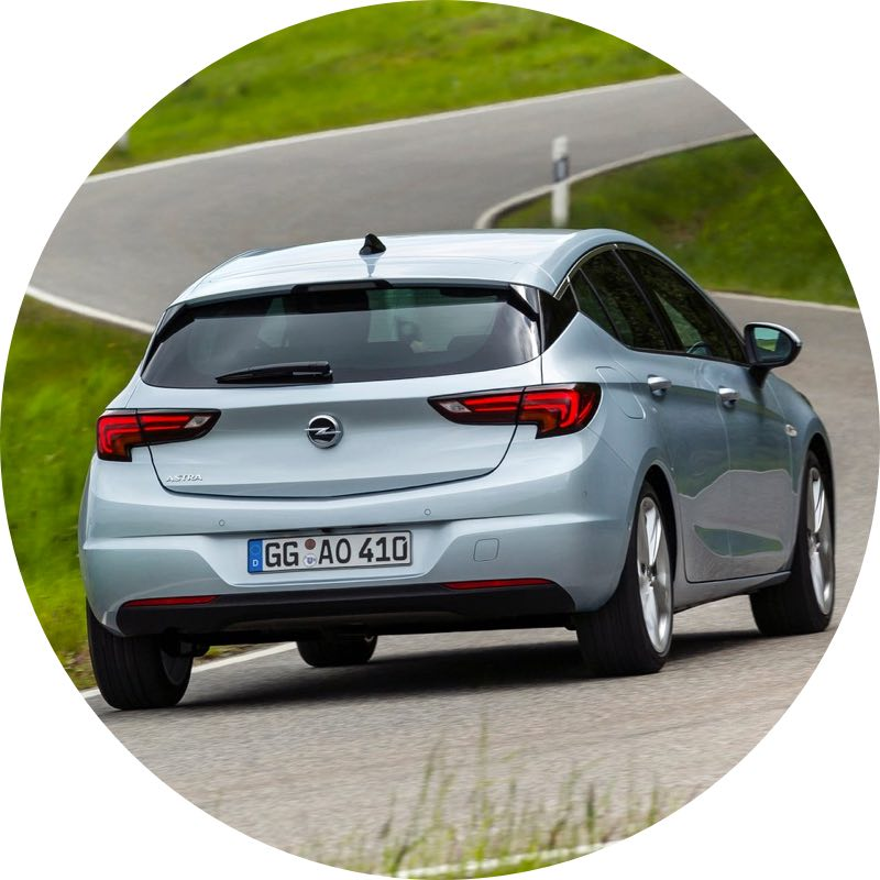 Review opel astra